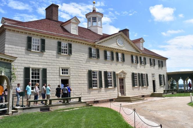 Mount Vernon's Exterior.JPG